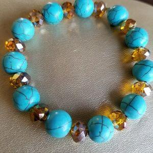 Turquoise magnesite beaded bracelet. Stretchable